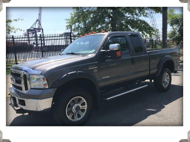 2006 Ford F-350 SD XLT Ext. Cab 4WD