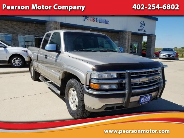 2002 Chevrolet Silverado 1500 LS Ext. Cab Short Bed 4WD
