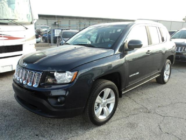 used 2015 jeep compass for sale in kansas city mo 64120. Black Bedroom Furniture Sets. Home Design Ideas