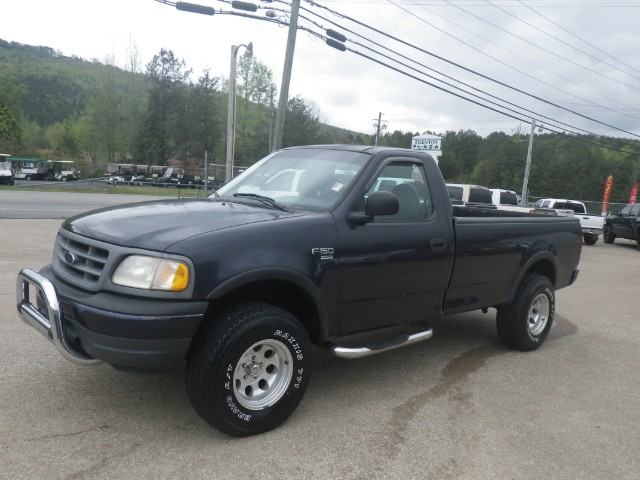 2000 Ford F-150 XLT Reg. Cab Long Bed 4WD