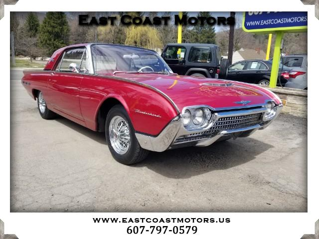 1962 Ford Thunderbird 2-Door Sedan