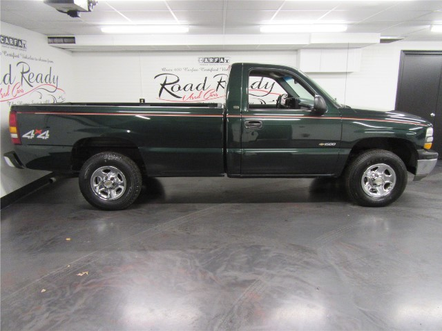 2002 Chevrolet Silverado 1500 Regular Cab 4WD