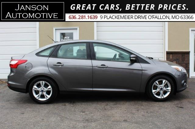2014 Ford Focus SE AUTO SYNC/BLUETOOTH ALLOYS 40MPG! MUST SEE!!