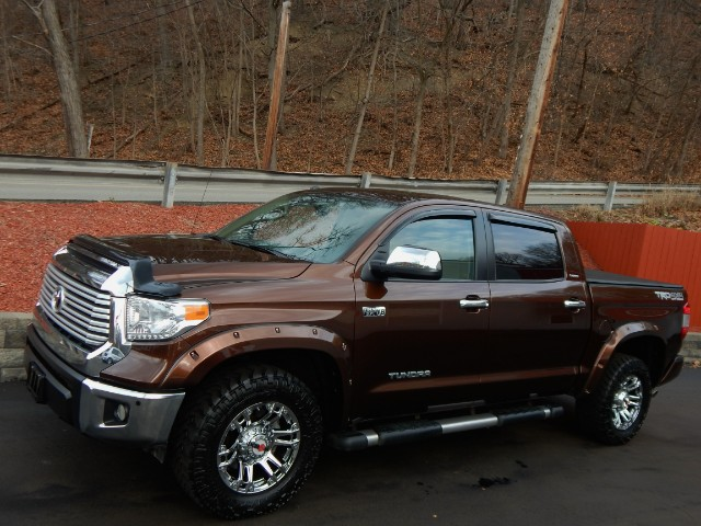used 2014 toyota tundra for sale in glenshaw pa 15116 exceptional motorcars ltd. Black Bedroom Furniture Sets. Home Design Ideas