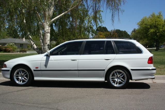 Bmw 535i Sport Wagon. 2000 BMW 5-Series Sport Wagon