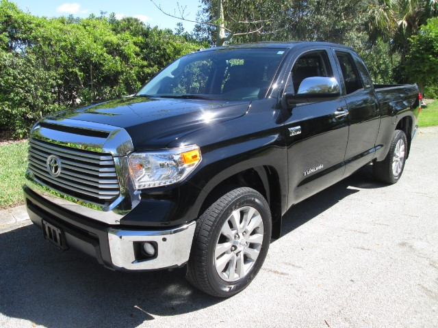 2014 Toyota Tundra Limited 5.7L Double Cab 2WD