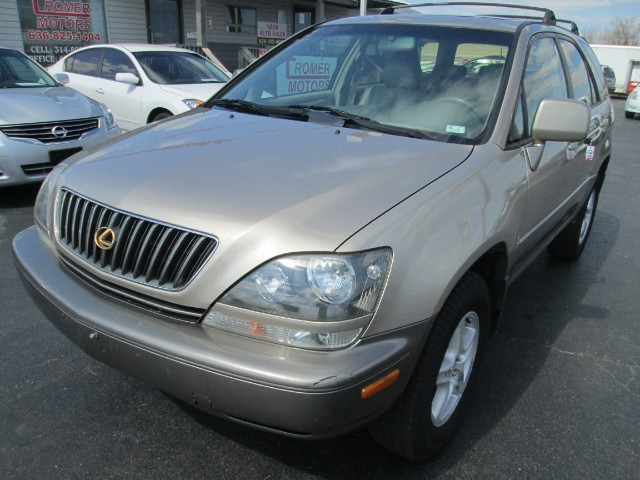 1999 Lexus RX 300 COMES WITH 1000 OR 30 DAYS WARRANTY.