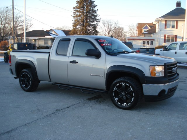 2008 GMC Sierra 1500 SLE1 Ext. Cab Short Box 4WD