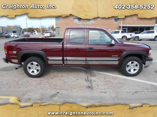 2001 Chevrolet Silverado 1500 LT Ext. Cab Long Bed 4WD