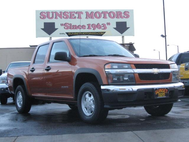 2004 Chevrolet Colorado LS Crew Cab 4WD