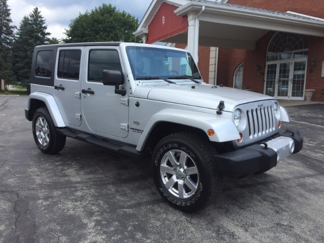 used 2011 jeep wrangler for sale in pittsburgh pa 15202 castle car company. Black Bedroom Furniture Sets. Home Design Ideas