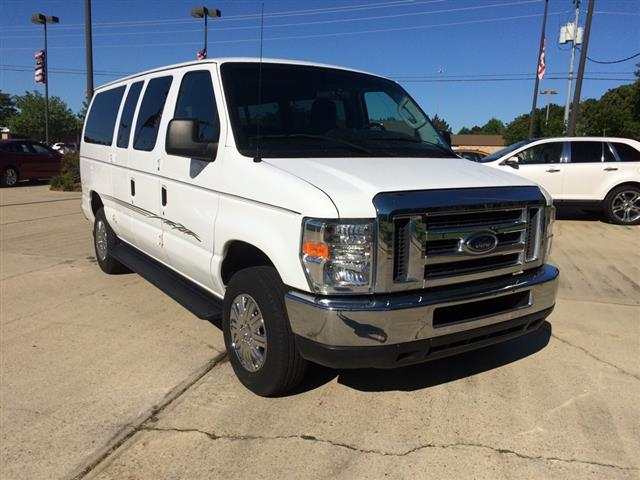 2010 Ford Econoline XLT SD Wagon