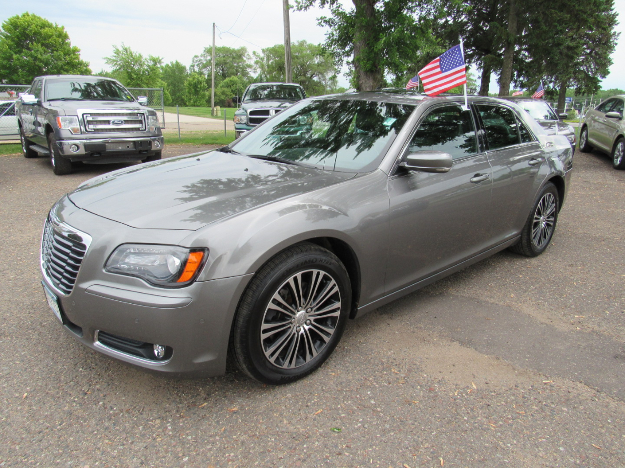 2012 Chrysler 300 4dr Sdn V8 300S AWD
