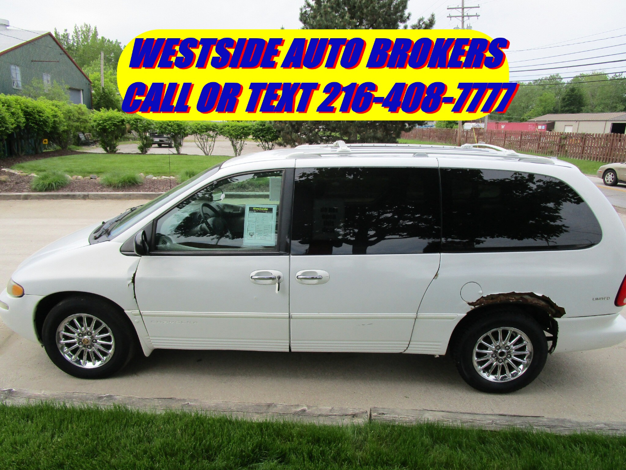 "1999 Chrysler Town & Country 4dr 119"" WB Limited FWD"