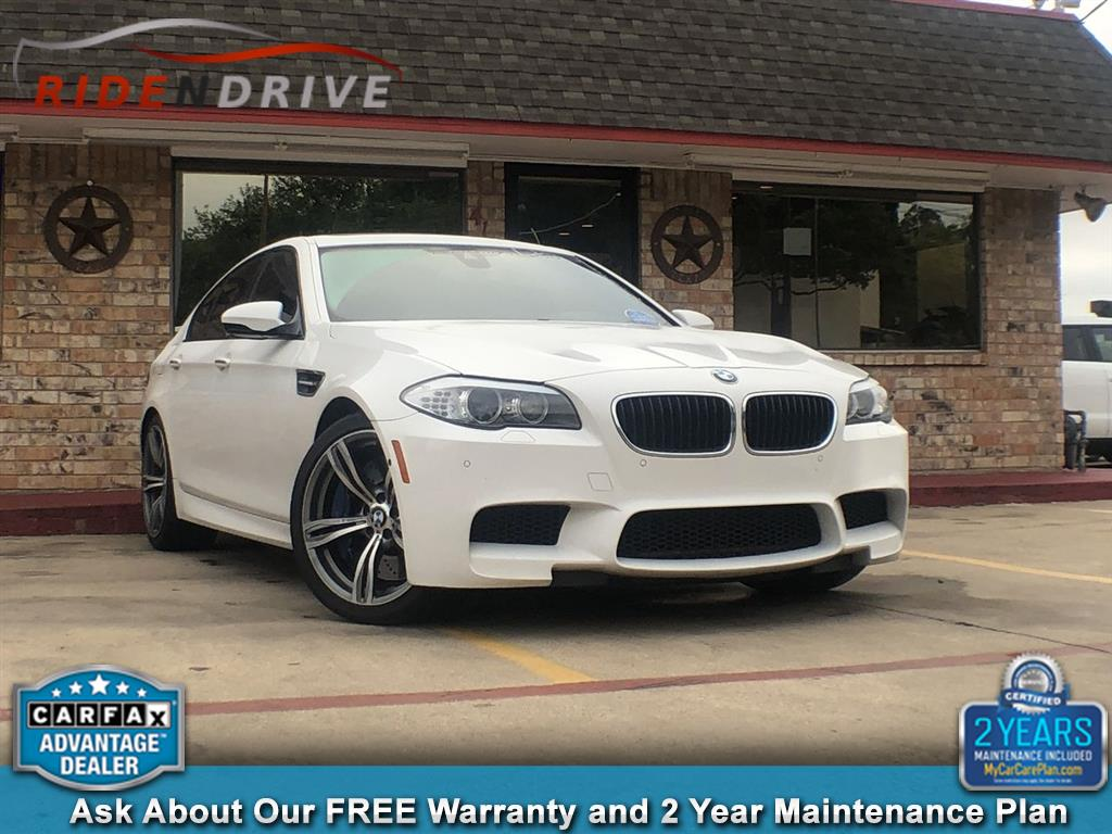 2013 BMW M5 4dr Sdn Competition Pkg