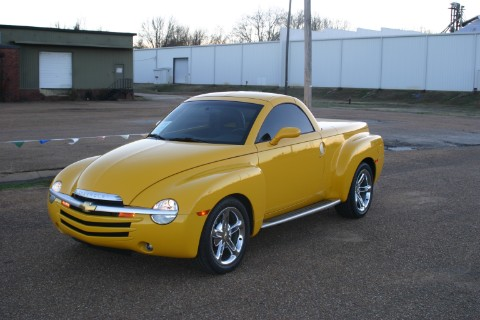 2004 Chevrolet SSR Convertible Pickup