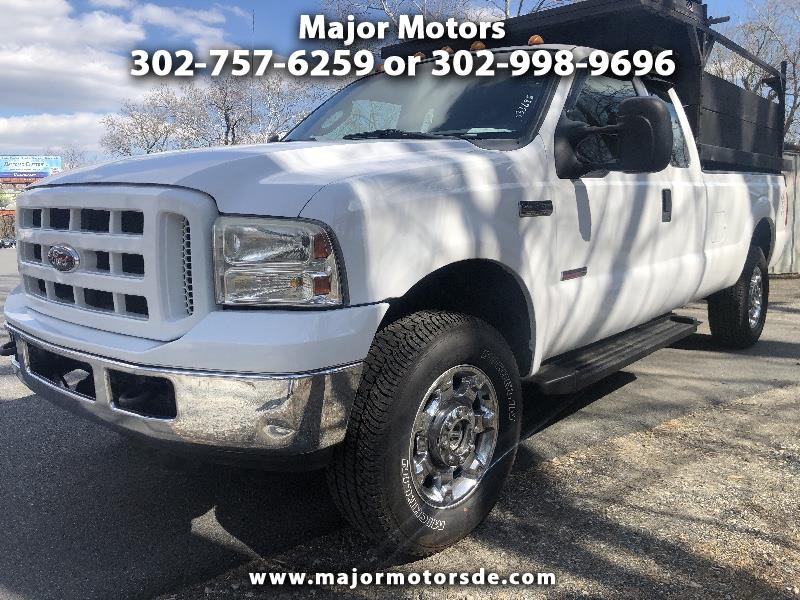 "2006 Ford Super Duty F-350 SRW Supercab 142"" XL 4WD"