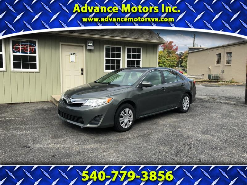 2012 Toyota Camry 4dr Sdn I4 Auto LE (Natl)