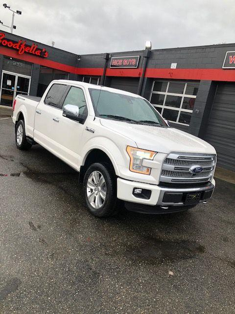 2015 Ford 150 Platinum SuperCrew 5.5-ft. Bed 4WD