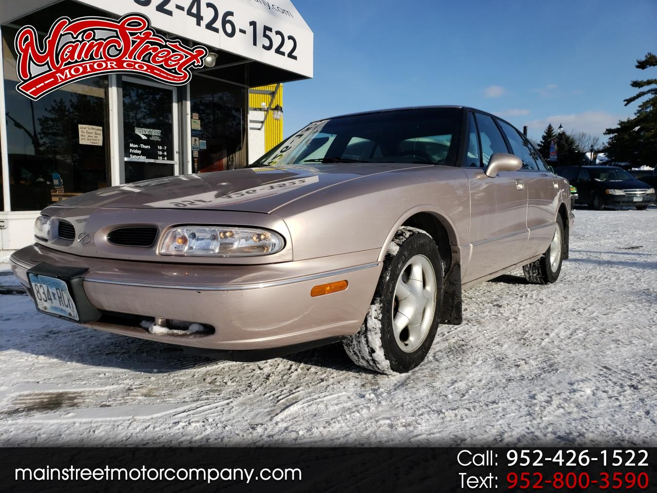 1999 Oldsmobile 88 4dr Sdn LS