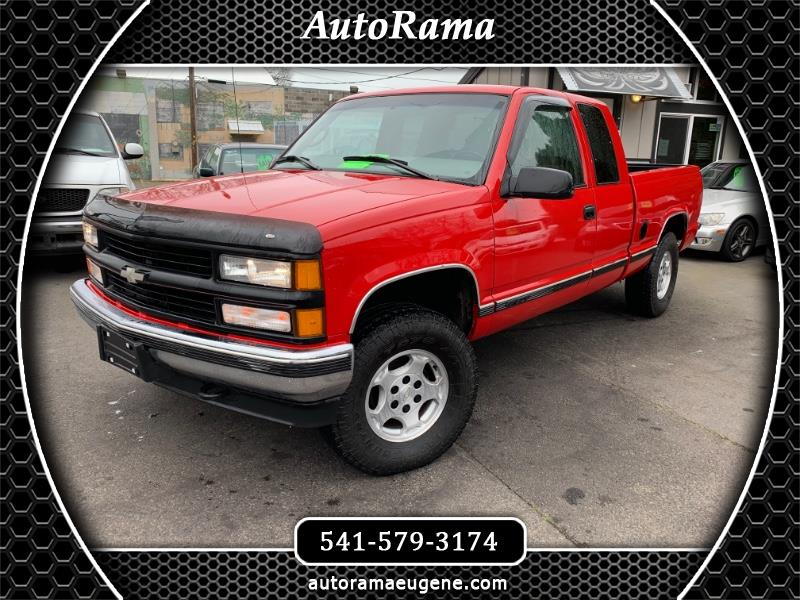 1997 Chevrolet C/K 1500 4WD / CLEAN TITLE / ADULT OWNED