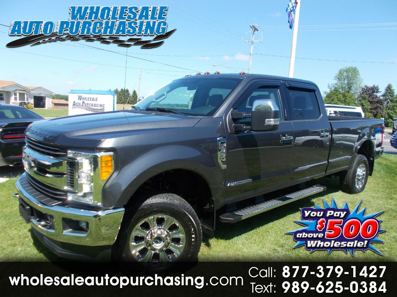 2017 Ford Super Duty F-350 SRW XLT 4WD Crew Cab 8' Box