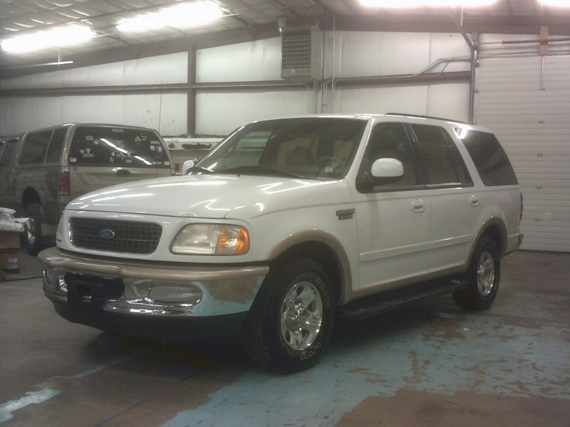 1997 Ford Expedition XLT 2WD