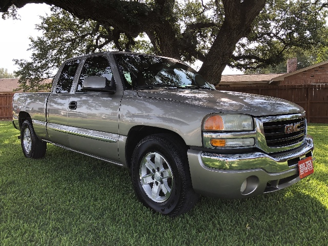 2003 GMC Sierra 1500 Ext. Cab Short Bed 2WD
