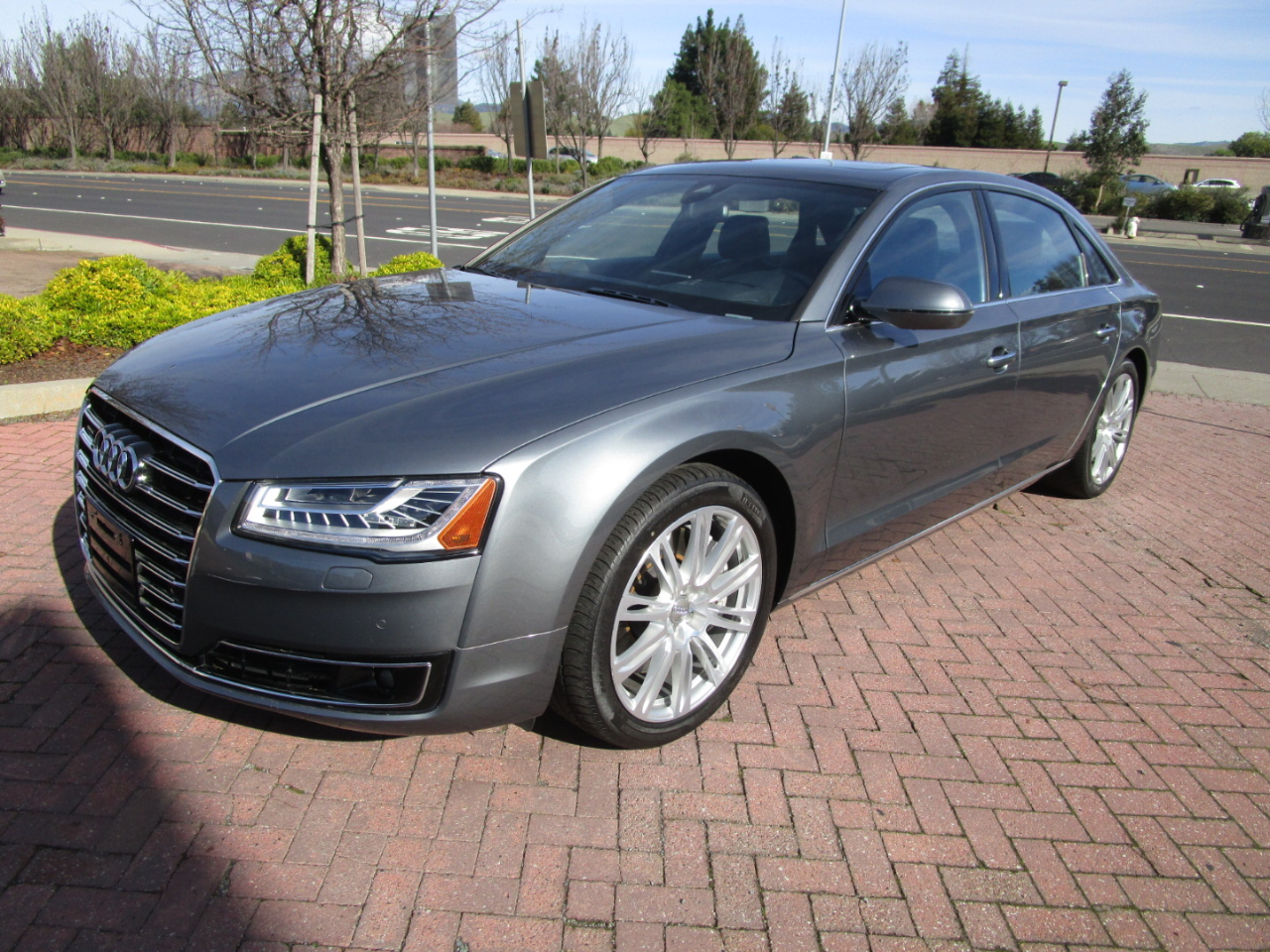 2015 Audi A8 L PREM*LUXURY*CLD WTHR*DRIVER ASSIST*$109K NEW**SAVE
