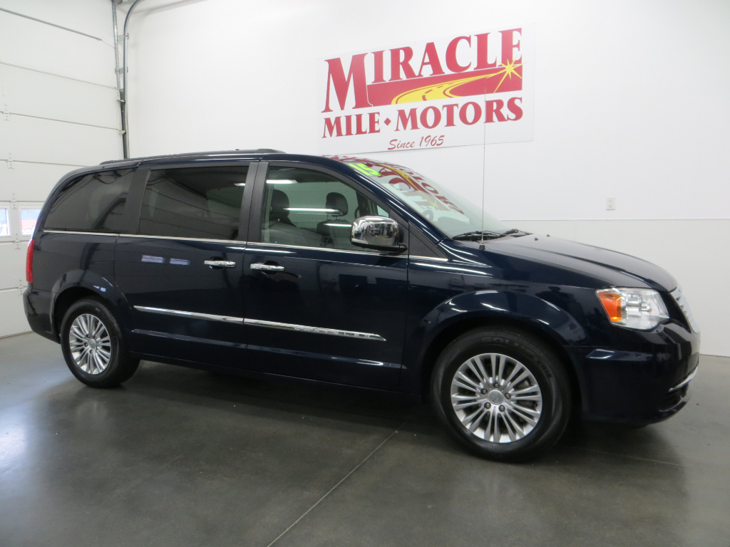 Used 2015 Chrysler Town Country For Sale In Lincoln Ne 68526 And