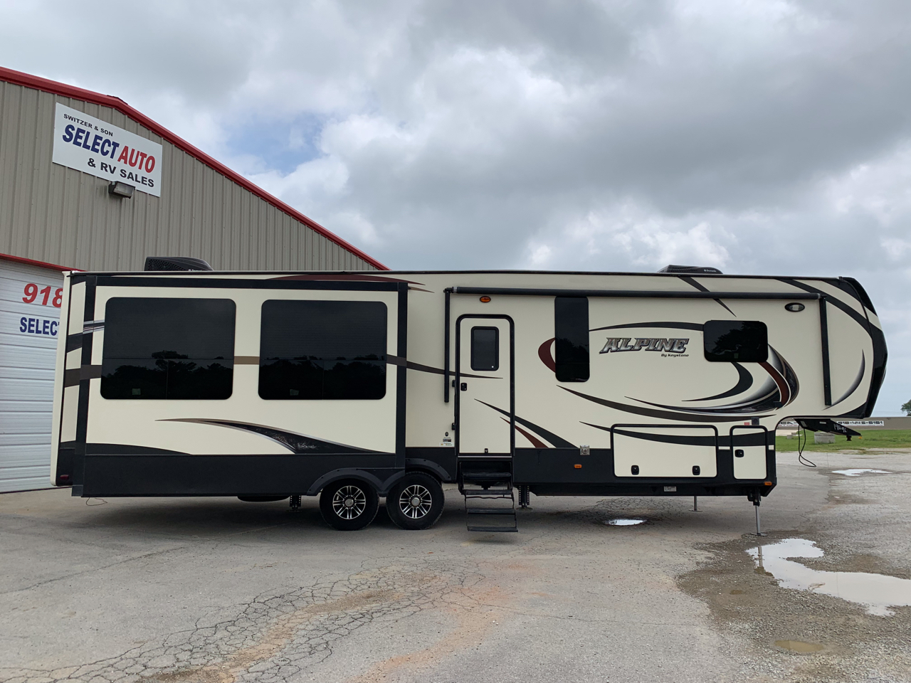 2015 Keystone RV Alpine 3510RE