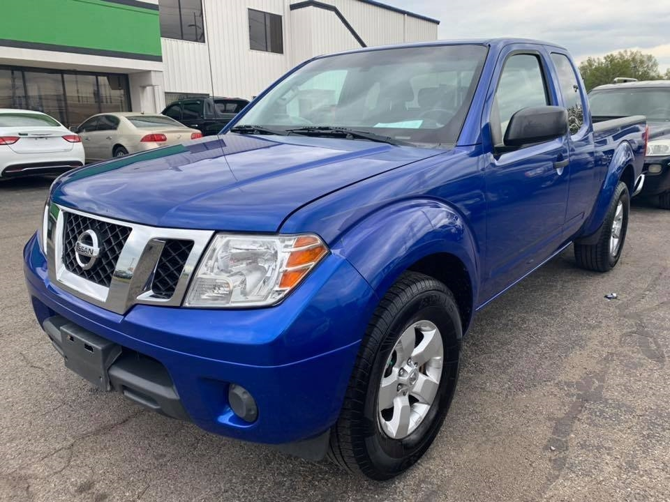 2012 Nissan Frontier 2WD King Cab I4 Auto SV