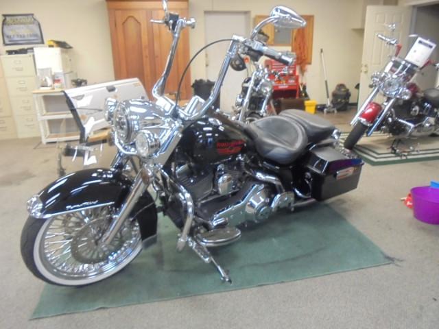 2006 Harley-Davidson FLHRCI Road King Classic Customized