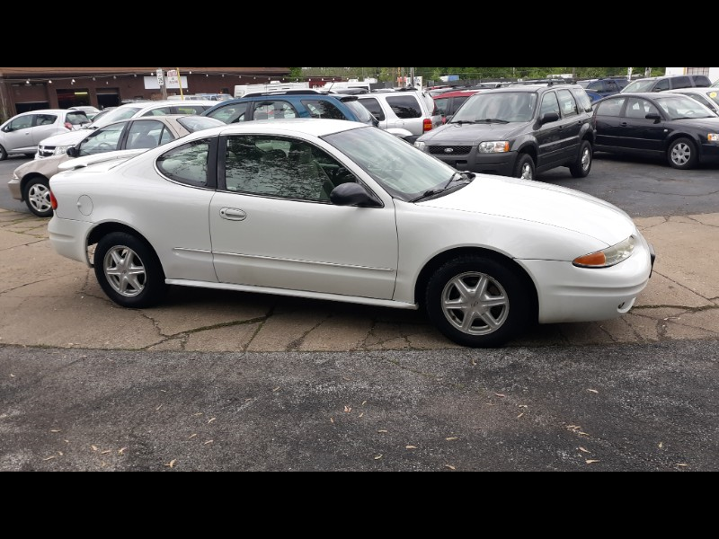 2004 Oldsmobile Alero GL1 coupe