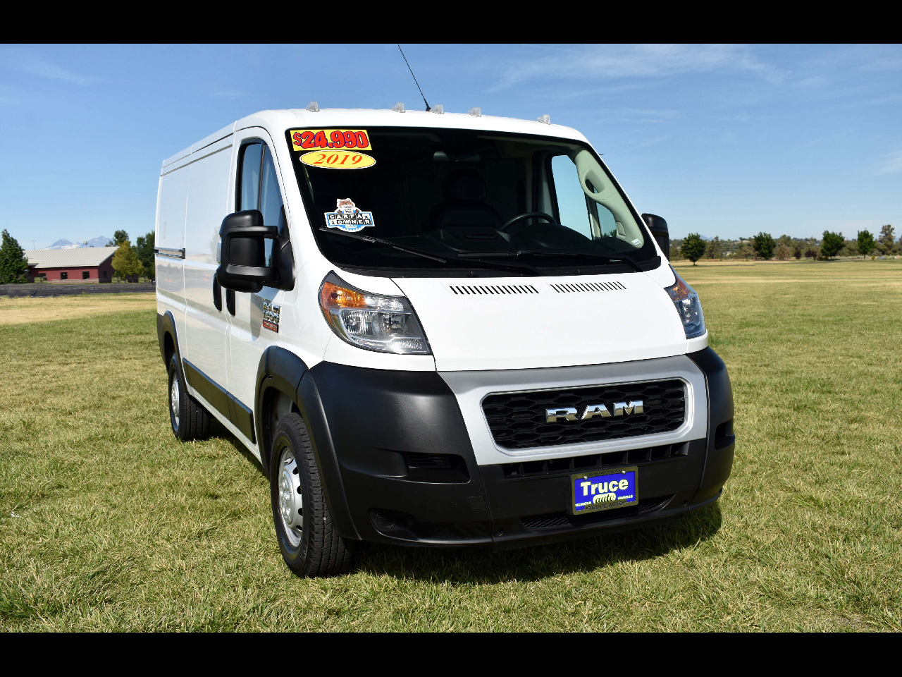 """2019 RAM ProMaster Cargo Van 1500 Low Roof 136"""" WB**ONE OWNER**"""