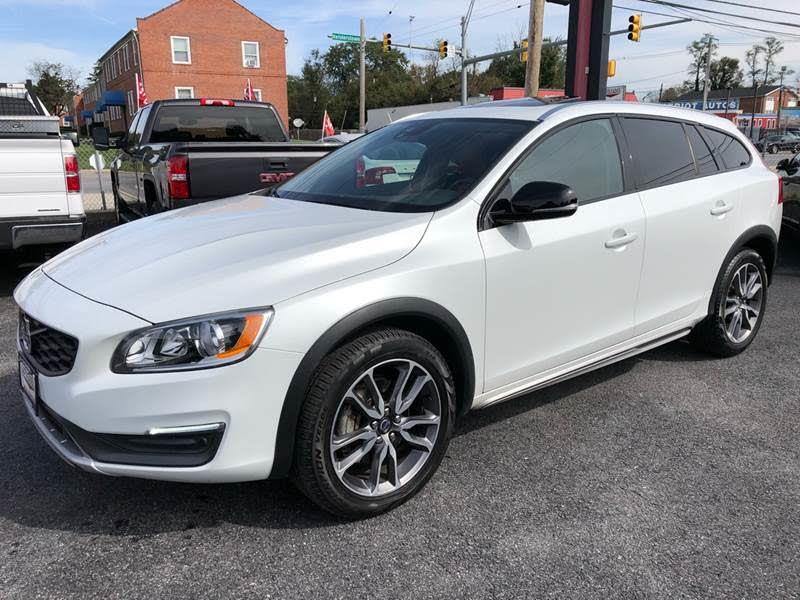 2015 Volvo V60 Cross Country T5 Premier